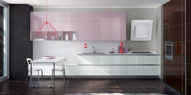 Cucina colorata: 10 modelli supervivaci e moderni o sobri e tradizionali