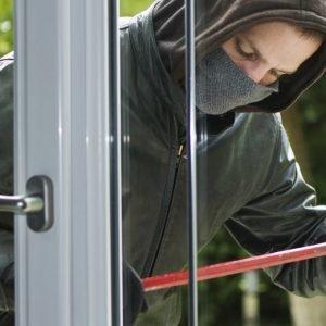 Sistema antieffrazione sui serramenti Navello (www.navello.it)