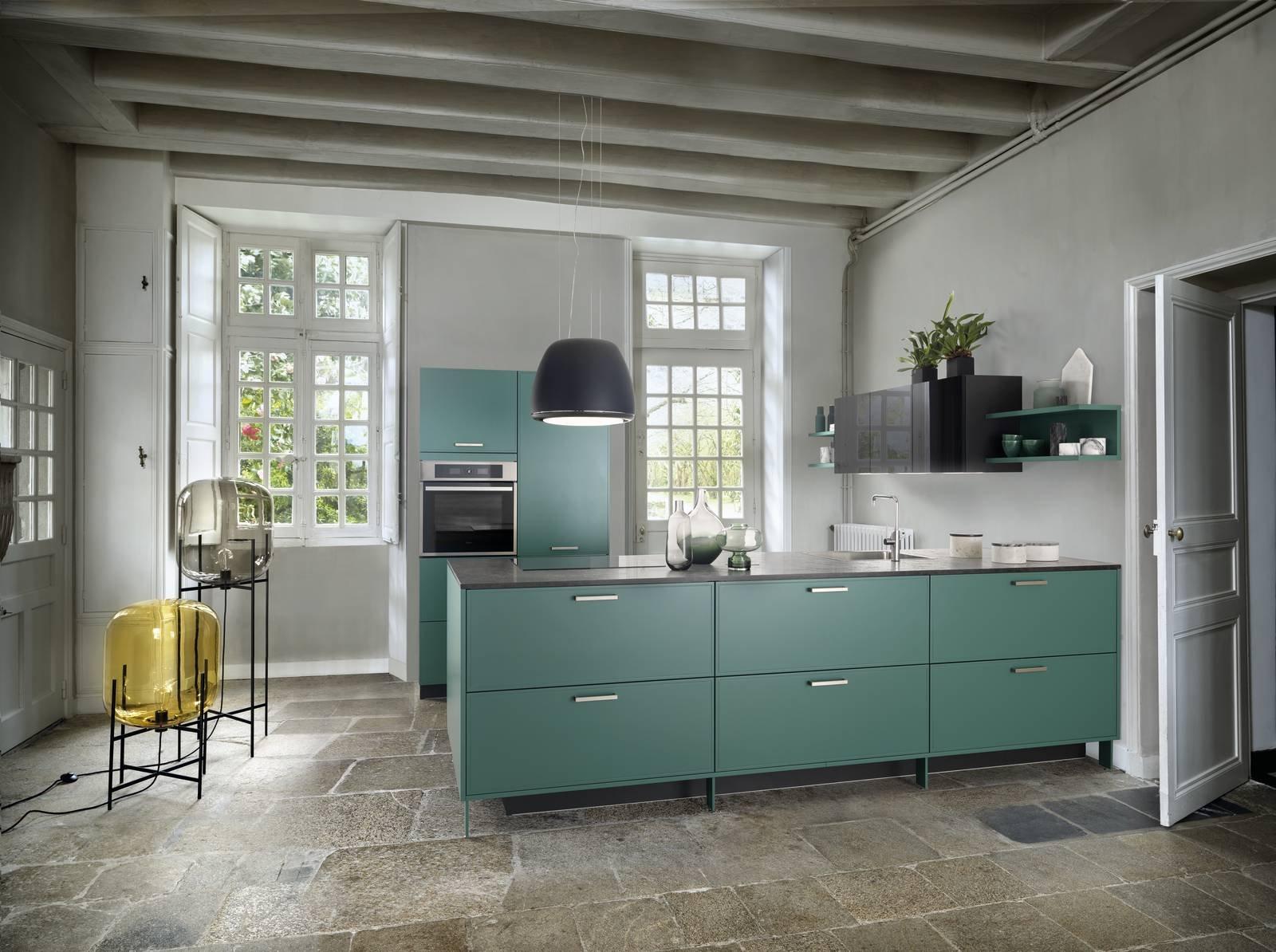 Pareti Colorate Cucina. Finest Parete Colorata Cucina Carta Da ...