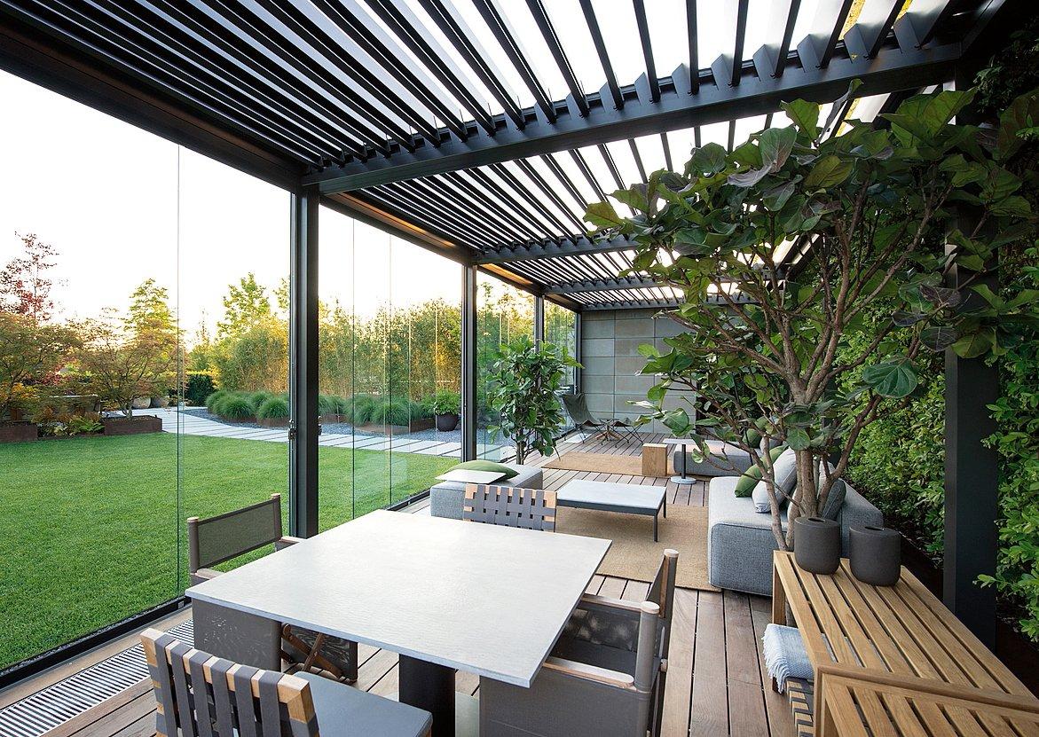 Dimensionamento Pergolato In Legno vetrate e finestre per la veranda. sistemi componibili