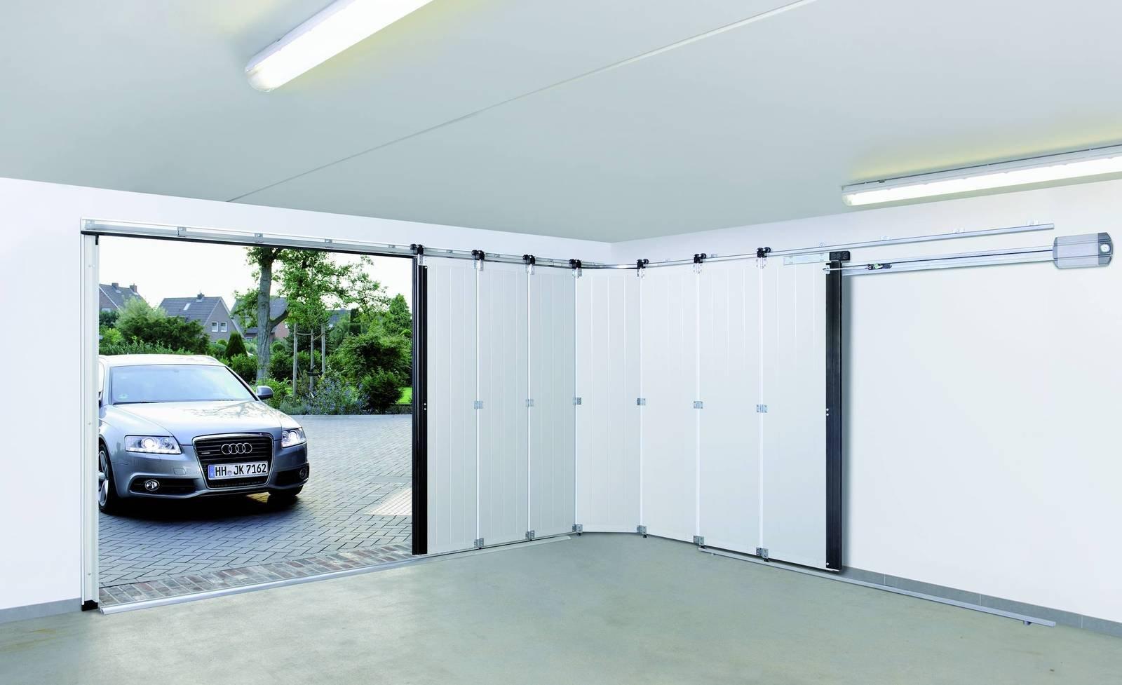 Porta per garage basculante a serranda o sezionale for Fantastici disegni di garage