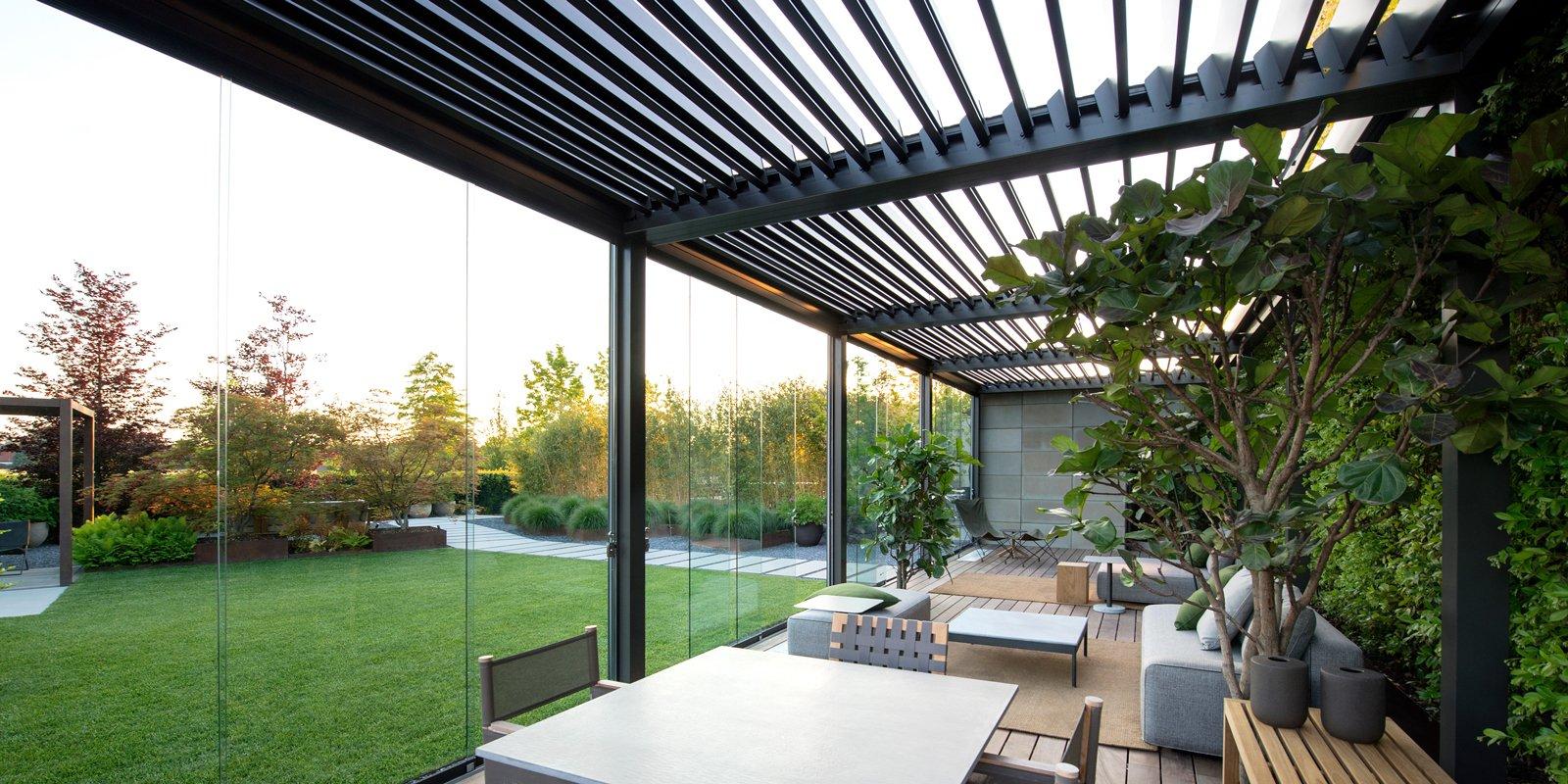 Vetrate e finestre per la veranda sistemi componibili for Idee di veranda laterale