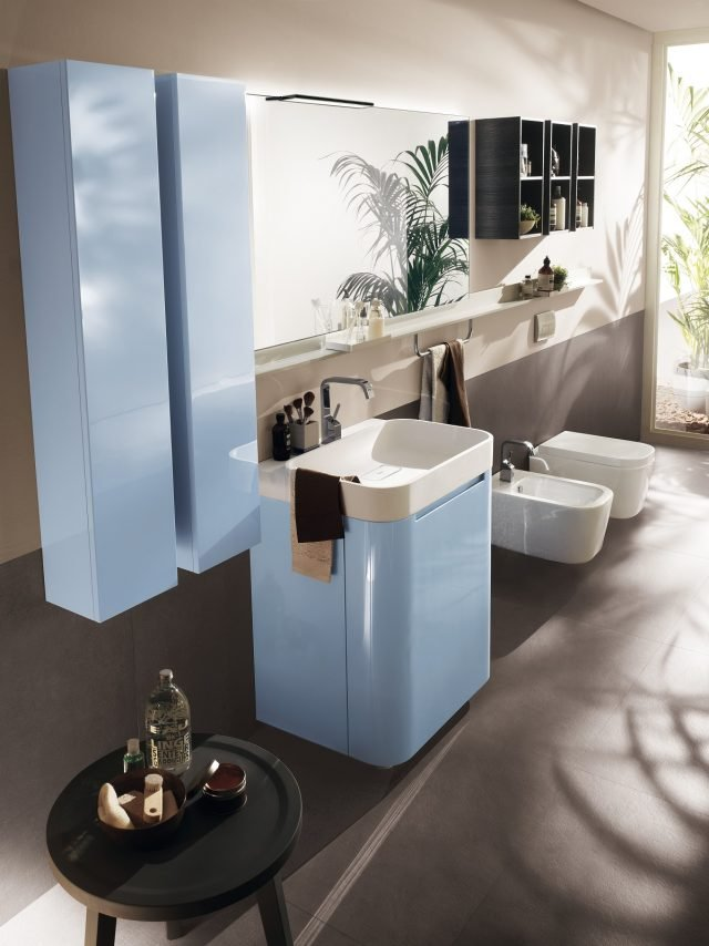 Arredo Bagno Colore Azzurro.Mobile Bagno Sospeso 8 Modelli Mini E 4 Piu Articolati Per L