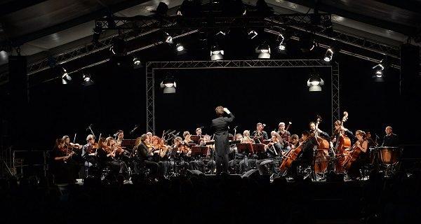 Il canto della fabbrica: concerto evento allo stabilimento Pirelli di Settimo Torinese