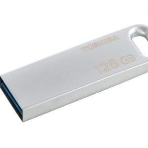 La Flash Drive TransMemory U363 di Toshiba si presenta in modo elegante grazie alla finitura in metallo spazzolato. Con una velocità di lettura massima di 120 MB/s, la TransMemory U363 utilizza una connessione USB 3.0. Il dispositivo pesa 6 grammi e include un portachiavi. Sarà disponibile disponibile con una capacità da 32GB, 64GB e 128GB. Prezzo a partire da 14,90 euro. www.toshiba.it