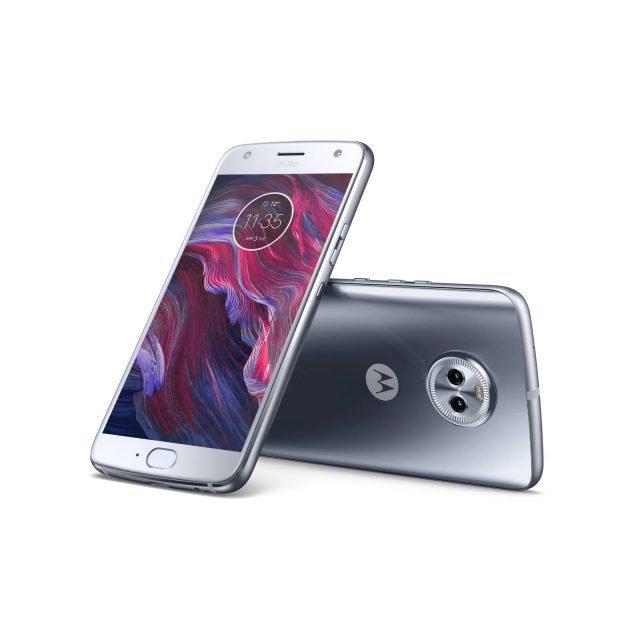 Il nuovo smartphone moto x4di Lenovo propone tutte le più recenti Moto Experience combinate con funzionalità software completamente nuove. moto x4è dotato di una fotocamera ancora intelligenteche va oltre il semplice scatto fotografico. La nuova funzione Landmark Detection di moto x4trasforma la fotocamera in un occhio sul mondo, dalla scansione di biglietti da visita fino alla realizzazione di selfie animati con Face Filters. Le capacità combinate delle due fotocamere posteriori da 12MP e 8MP e il software avanzato dotato di doppia tecnologia Autofocus Pixel danno vita a immagini di qualità professionale, mentre la fotocamera frontale da 16MP, con la sua modalità adattiva in condizioni di scarsa illuminazione3e la nuova funzione Panoramic Selfie, riprende sfondi più ampi per far evolvere i selfie a un livello più alto. Batteria: 3.000 mAh. È dotato di hardware impermeabile all'acqua certificato IP68 che lo tiene al sicuro da versamenti accidentali di liquidi, spruzzi e persino dalle pozzanghere. Prezzo 449,99 euro.