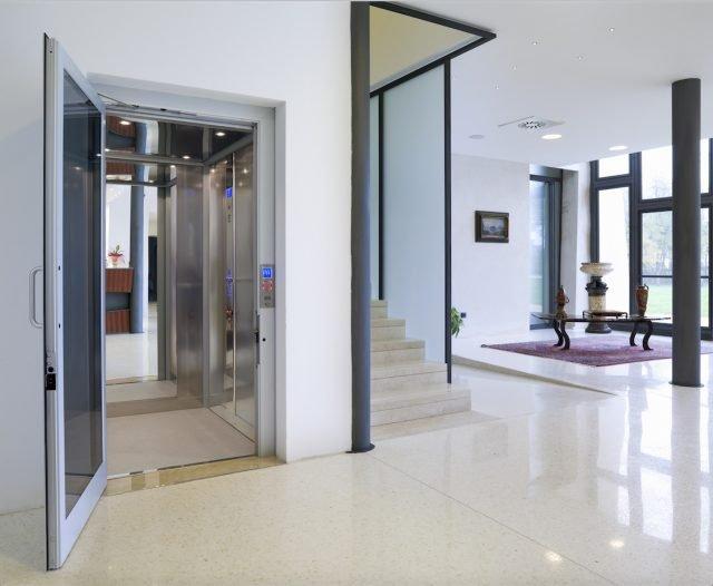 Mini ascensori per interni basta scale in casa tua for Piani di casa porte cochere