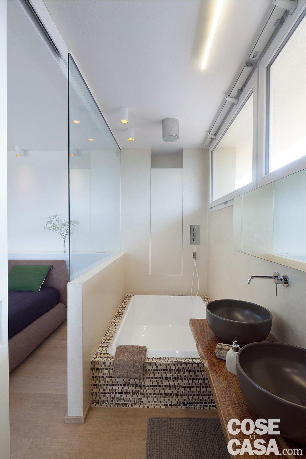 Cucina Con Finestra Orizzontale cambio di immagine per la casa di 120 mq, all'ultimo piano