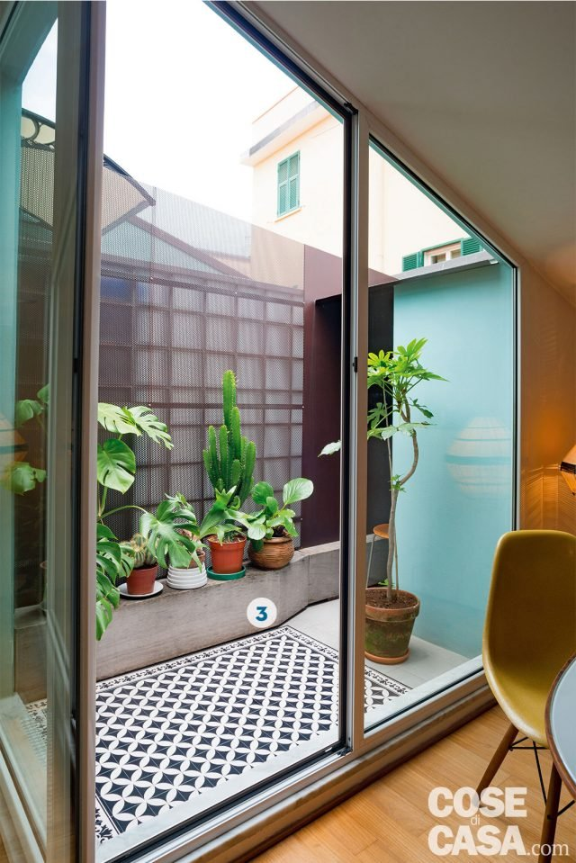 Design anni '50 e '60 nella mini casa con vista cielo ...