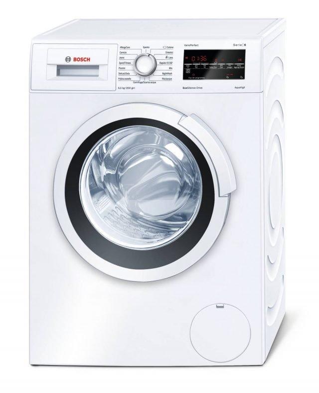 In classe A+++, la lavatrice della Serie & Mod. WLT24427IT di Bosch profonda solo 45 cm consente ha funzione VarioPerfect™ che consente di scegliere se risparmiare fino al 65 % di tempo con l'opzione TurboPerfect o fino al 50 % di energia con l'opzione EcoPerfect. Ha capacità di 6,5 kg. Misura L60xP45xH85 cm. Prezzo 699 euro. www.bosch.it