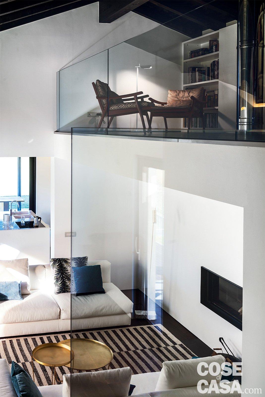 145 mq terra tetto ampi volumi a doppia altezza come in for Arredamento per sottotetto