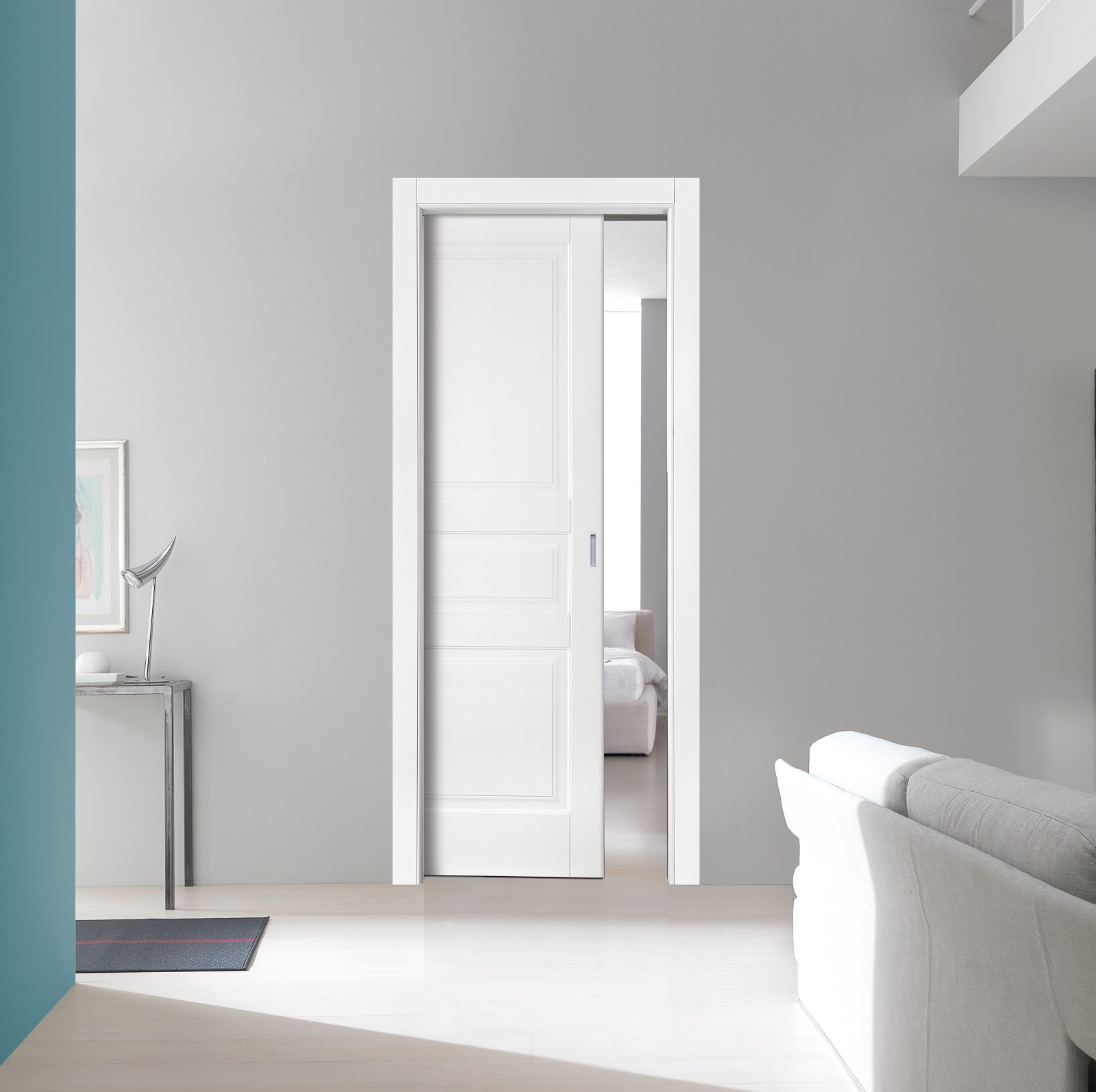 La porta scorrevole è ideale, dove è necessario risparmiare ...