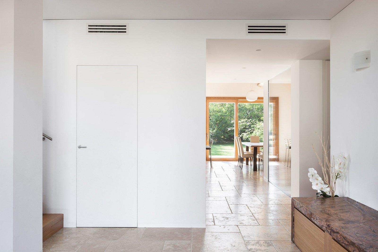 La porta a battente, la più tradizionale tra le varie tipologie di porte