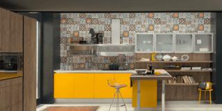 Scegliere la cucina: top, cappe, schienali…