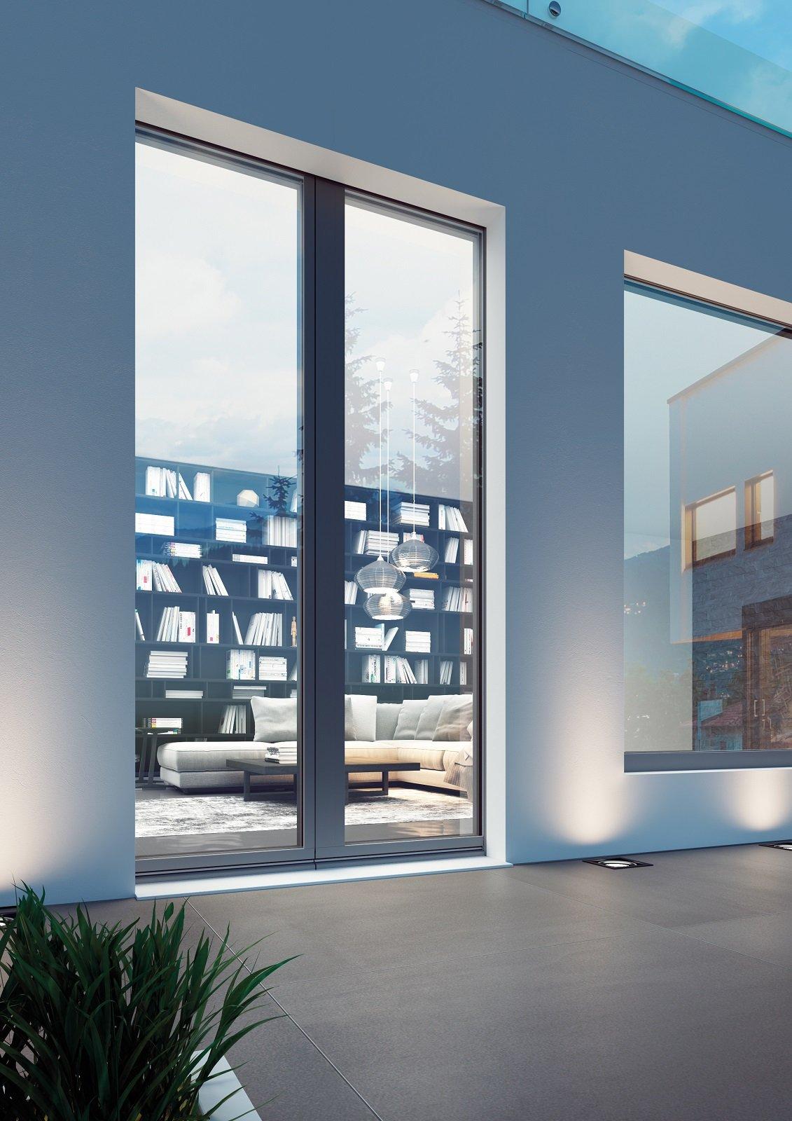 Finestre con ridotti profili per tanta luminosit nell - Porta finestra scorrevole esterna ...