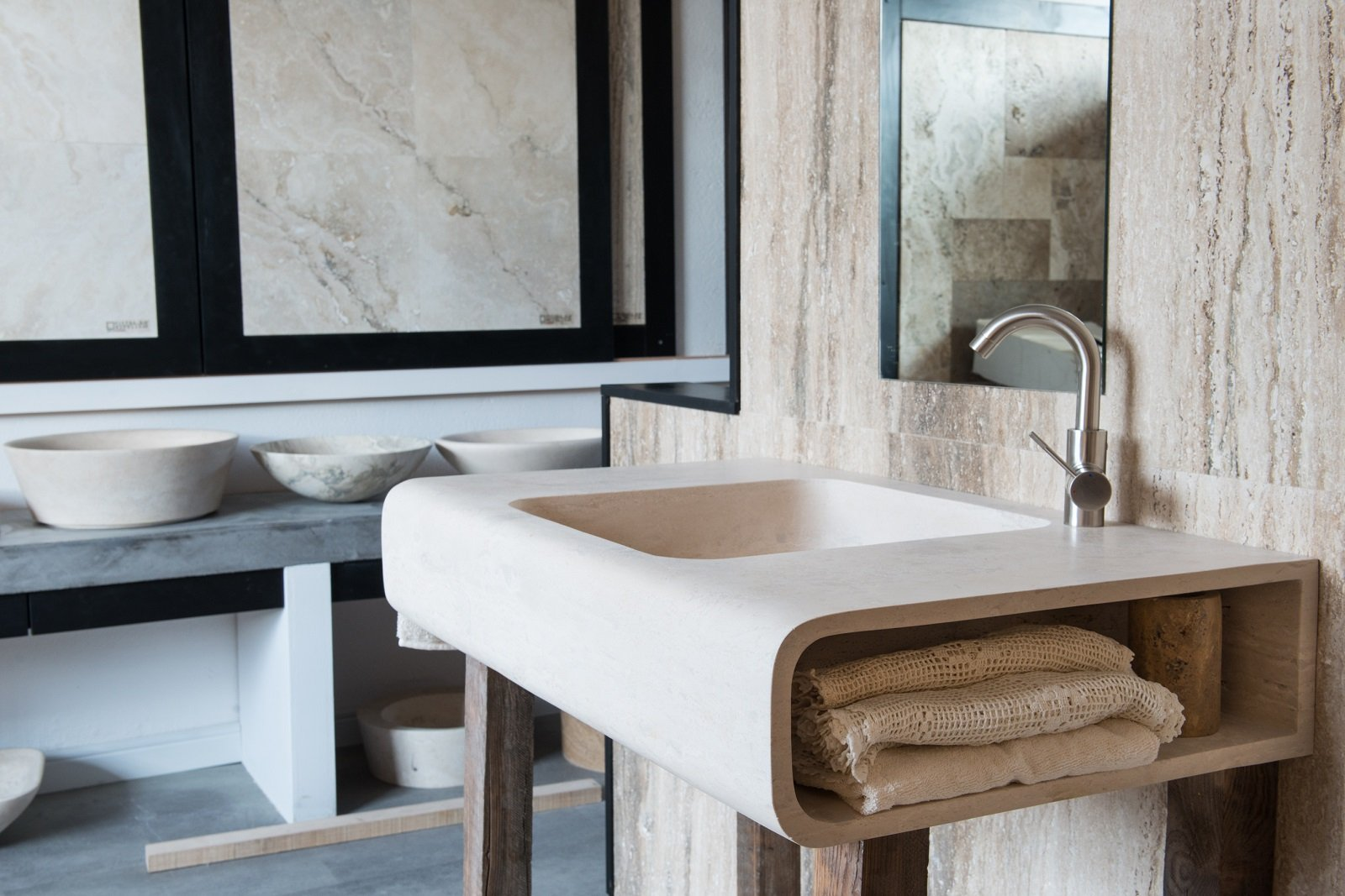 Bagno Piccolo Di Design : Soluzioni salvaspazio per il bagno per risparmiare centimetri