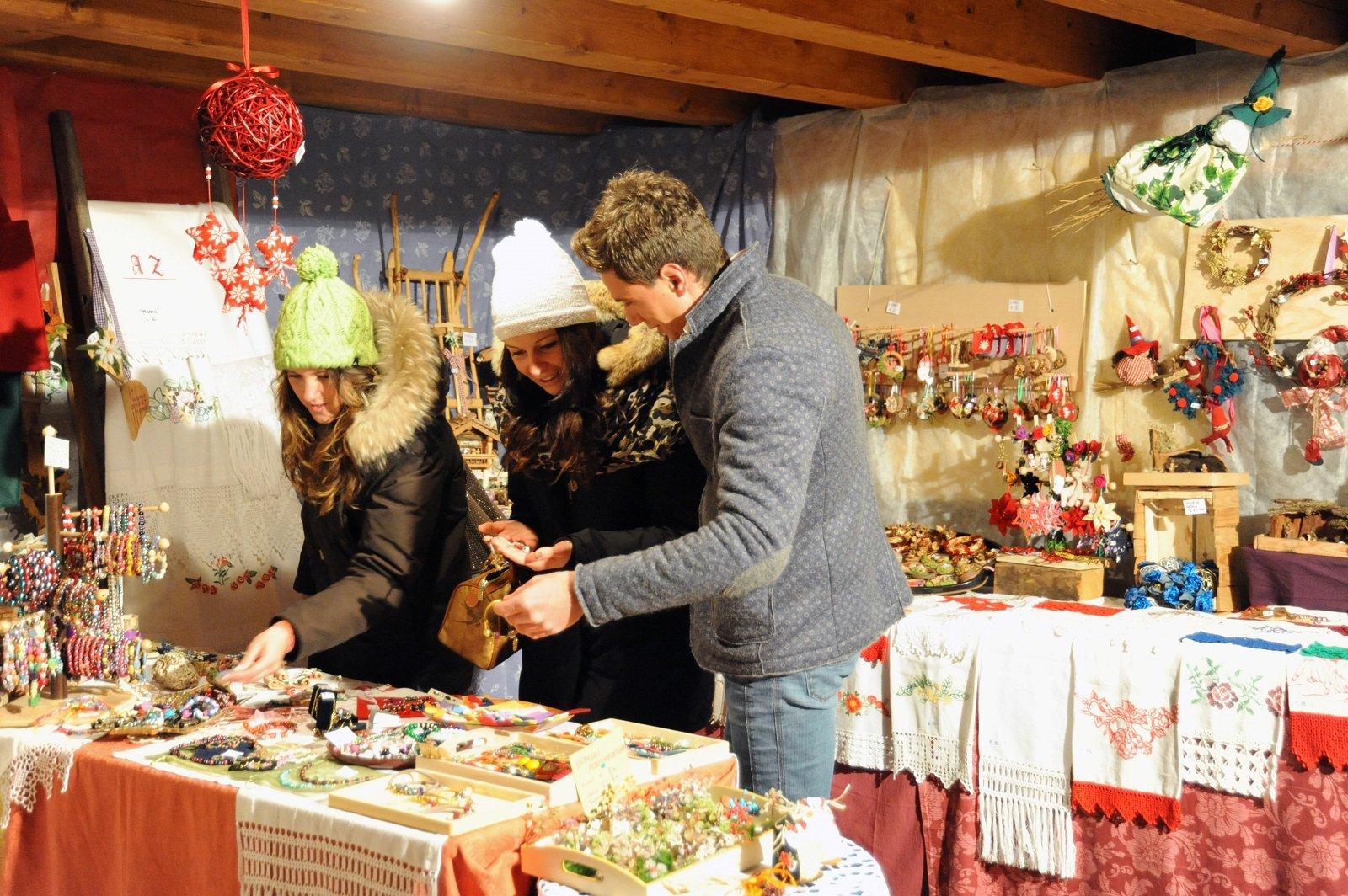 mercatino dellartigianato piazza municipio bolzano weather - photo#36