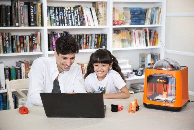 Regali per bambini la tecnologia che piace a tutti cose - Giochi di baci sul letto ...