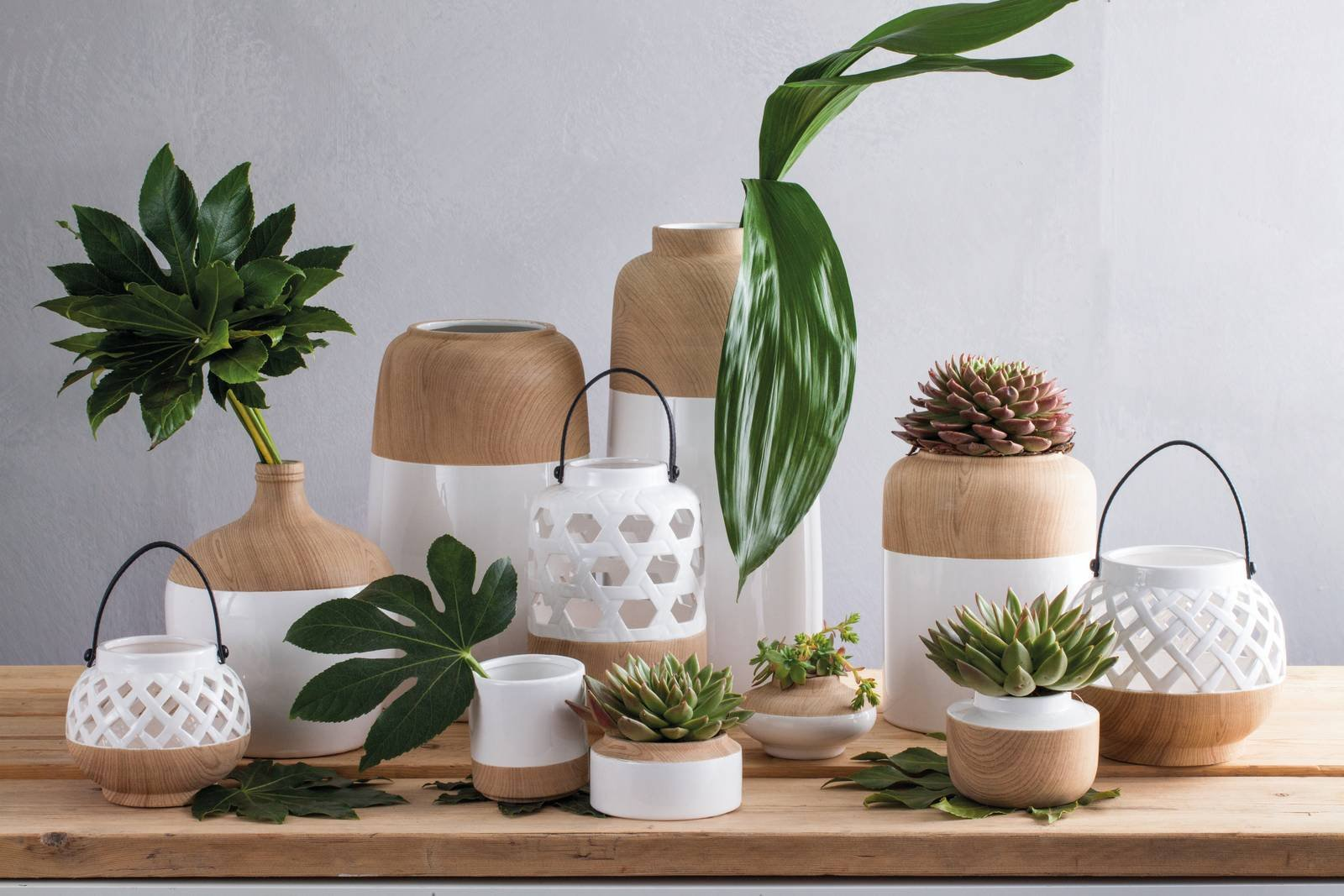 la collezione di vasi e anfore ceramik mya di andrea fontebasso 1760 dona un tocco di