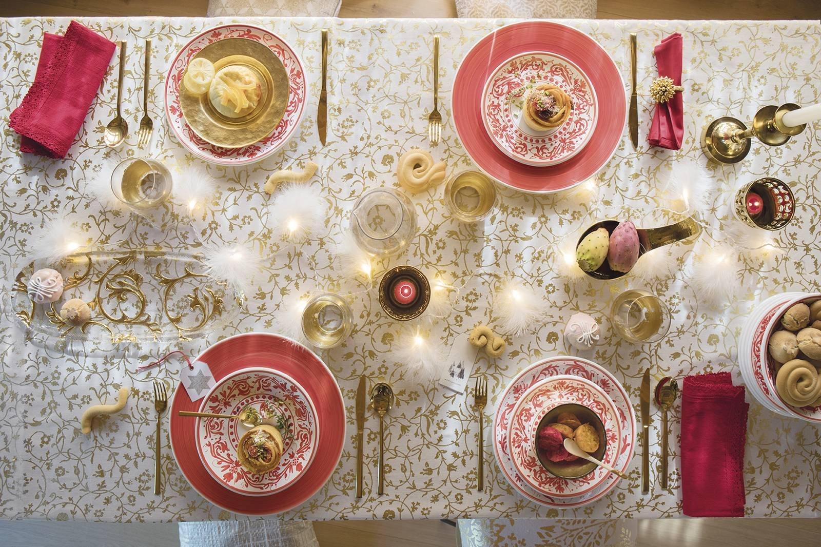 Tavola di natale 10 proposte in colori e stili diversi cose di casa - Coincasa bicchieri ...