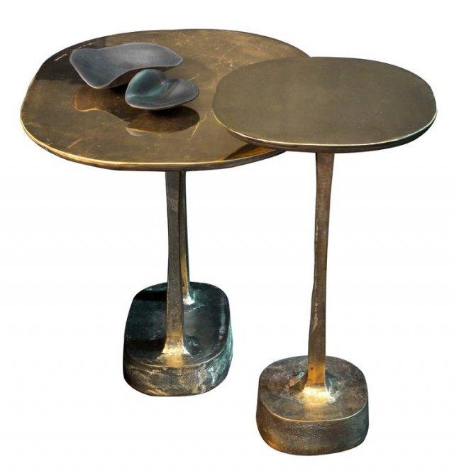 Il tavolino Mushroom (design Yabu Pushelberg) di Henge deriva la sua matericità dall'antica tecnica della fusione con stampi a terra dell'ottone e del bronzo naturali. Di vago sapore etnico, può essere il perfetto regalo di Natale per l'amica viaggiatrice. Prezzo su richiesta. www.henge07.com