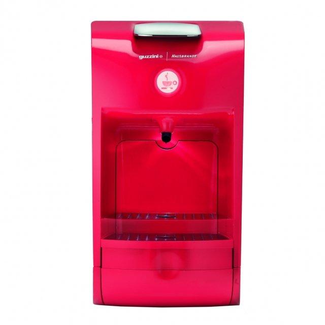 La macchina della linea The Coffee Project di Guzzini offre la possibilità di preparare perfettamente caffè, infusi e tisane, con sistema a capsule Hausbrandt. Ha potenza di 1.200 watt. Misura L30xP16,5xH29,5 cm. Prezzo 149 euro. www.fratelliguzzini.com