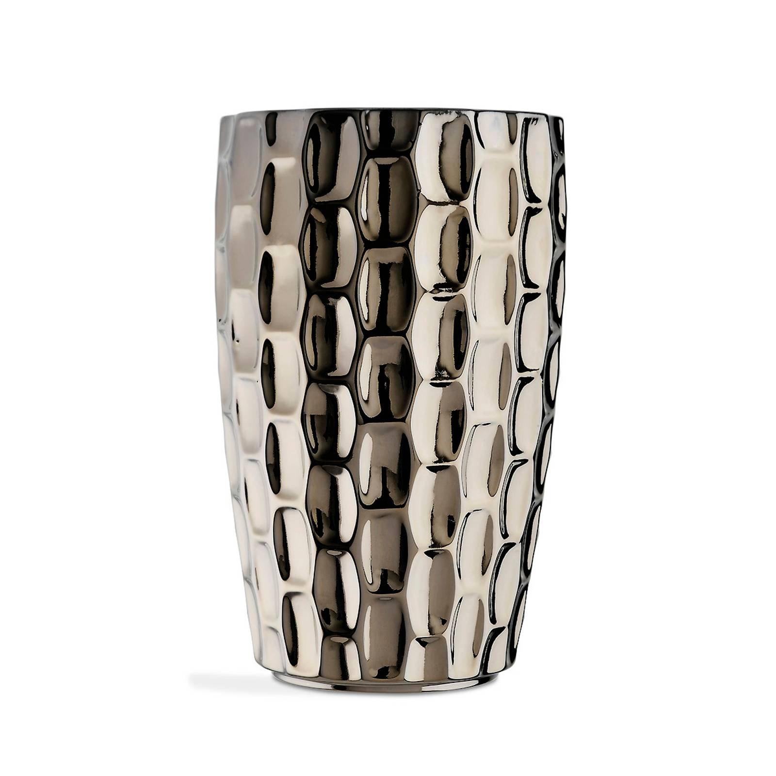 in ceramica smaltata con finitura platino il vaso tortuga di marioni ha il particolare design