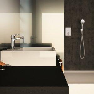 """È realizzato in ottone cromato il miscelatore lavabo al piano Handy 42 di Fir Italia in finitura Chrome. Con aeratore """"water saving"""" che limita la portata a 6 litri al minuto, il rubinetto è alto 17,5 cm. Prezzo, Iva esclusa, 169,53 euro. www.fir-italia.it"""