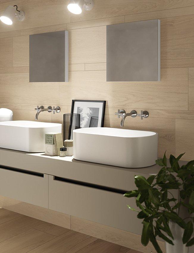Piastrelle per il bagno il trionfo del gres effetto - Come posare piastrelle bagno ...