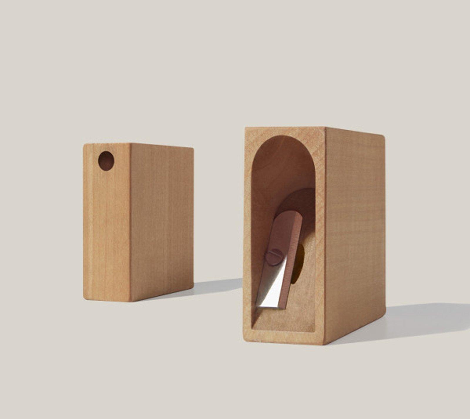 Scrivania dintorni il design da regalare cose di casa for Oggetti di design da regalare