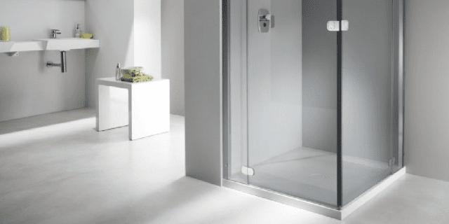 Cabine doccia senza telaio: i vantaggi del design minimal