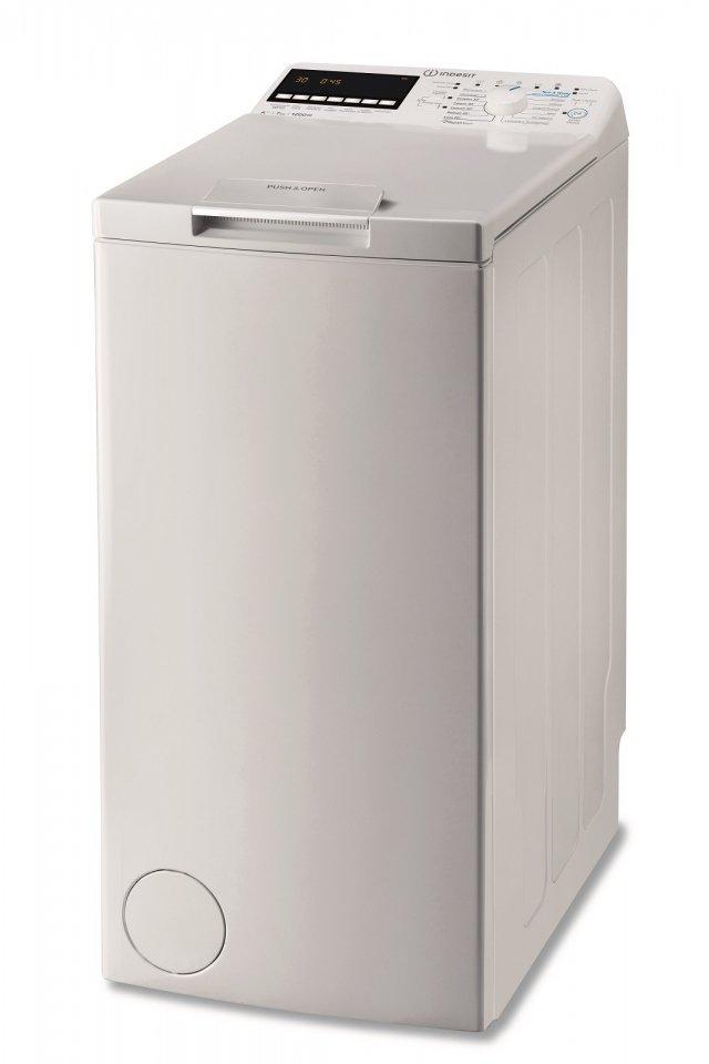 La lavatrice carica dall'alto BTW E71253P di Indesit è dotata del ciclo Turn&Wash, per capi misti in meno di 45 minuti. Lava fino a 7 kg di bucato e con una centrifuga massima di 1200 giri al minuto è in classe di efficienza energetica A+++. Grazie alla maniglia Push&Open si apre premendo solamente con un dito o un gomito. Misura L 40 x P 60 x H 90 cm. Prezzo 489 euro.  www.indesit.it