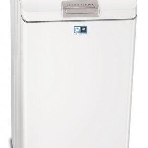 È in classe di efficienza energetica A+++- 20% la lavatrice carica dall'alto da 6 kg L 88560TL Lavamat Protex Plus/Serie 8 di AEG. Con sistema di lavaggio a pioggia, ha motore Inverter che assicura cicli più veloci del 25%. È dotata di programma Vapore Refresh e si apre con sistema Soft Opening. Misura L 40 x P 60 x H 89 cm. Prezzo 1.097 euro. www.aeg.it