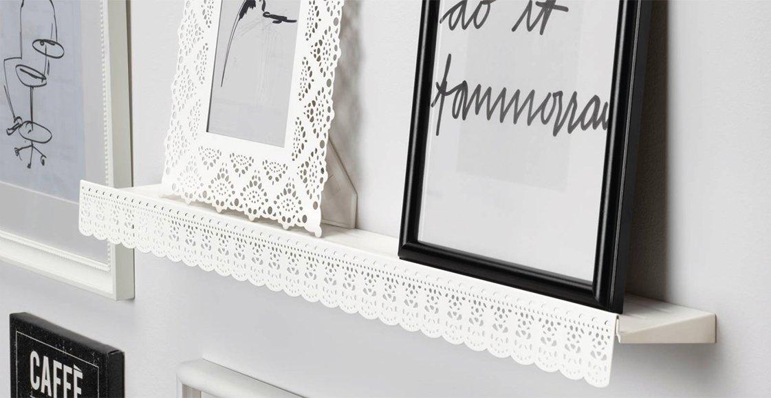 Mensole co per quadri e oggetti un must have che fa tendenza e decora la parete cose di casa - Mensole porta tv ikea ...