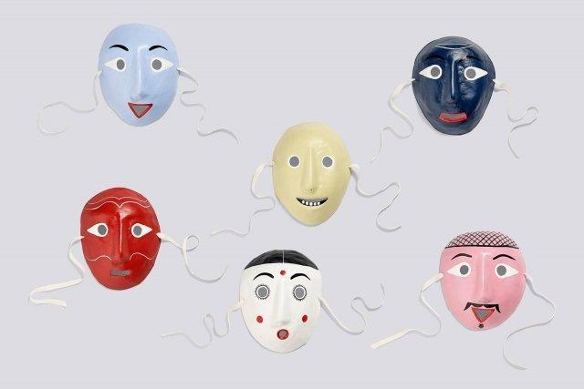 13- HAY, Mood Mask Family- alta