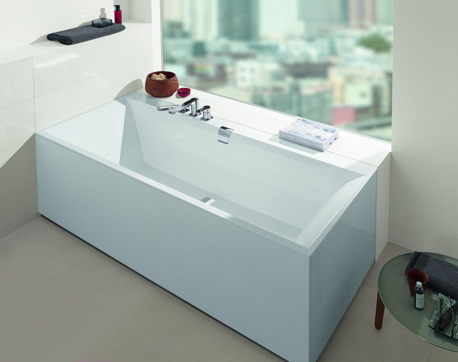 Vasca Da Bagno 180 100 : Le vasche a parete in materiali resistenti e di facile manutenzione.