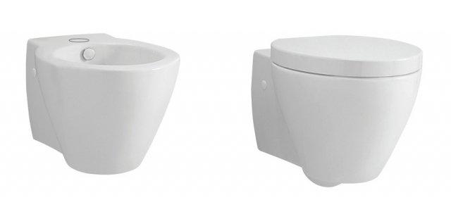 Remix di Leroy Merlin sono sanitari sospesi in ceramica dalla forma arrotondata. Misurano L 39 x P 51 cm. Sedile compreso, il vaso con scarico a parete costa 229 euro. Il bidet costa 170 euro. www.leroymerlin.it