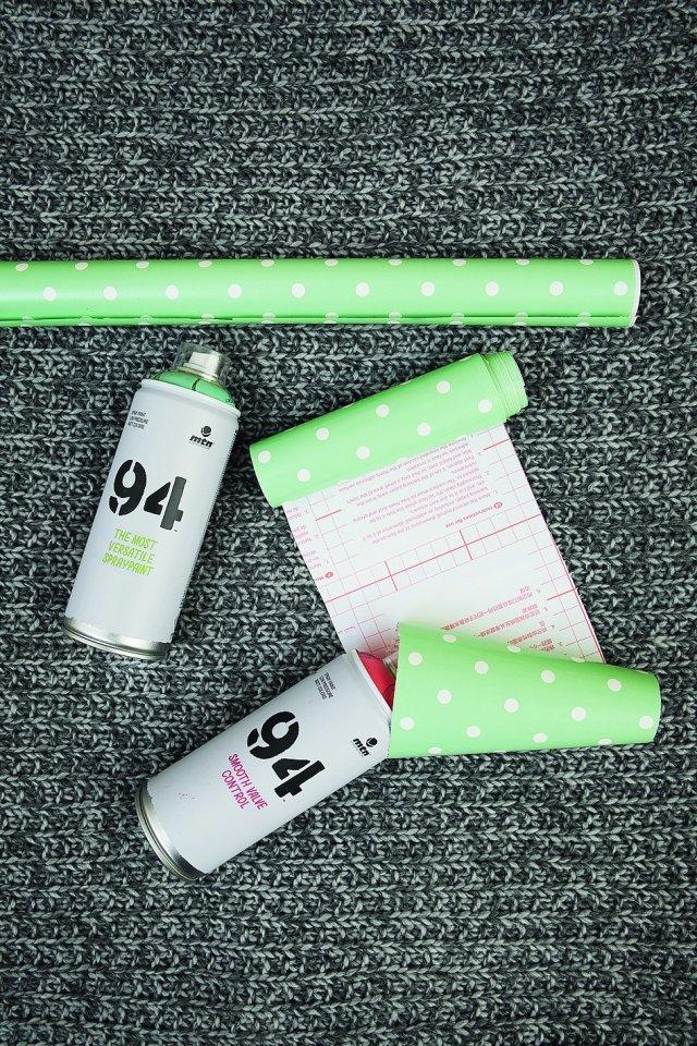 Le bombolette spray sono quelle utilizzate per la tecnica dei graffiti su muro. Nella foto: pellicola D-C-Fix (www.hornschuch.it/marchi/d-c- fix) e bombolette di vernice spray Montana 94 di Montana (www.montanacolors.it).