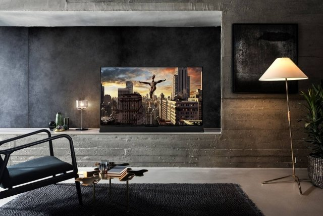 Panasonic_OLED_TV_FZ950