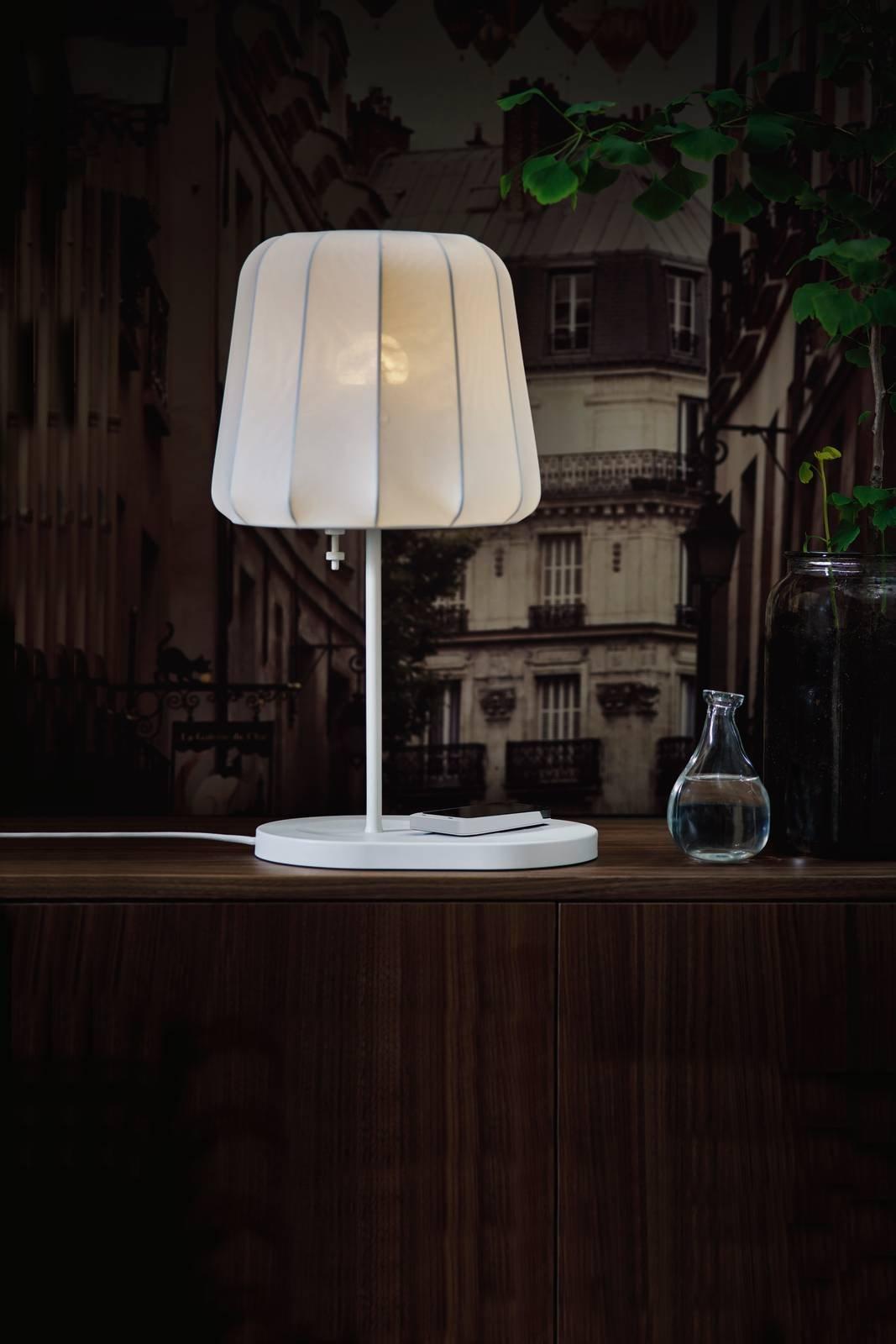 Bajour Da Comodino Moderne lampada per il comodino: i suggerimenti per sceglierla al