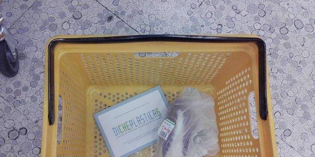 Per gli alimenti sfusi, sacchetti biodegradabili e compostabili a pagamento