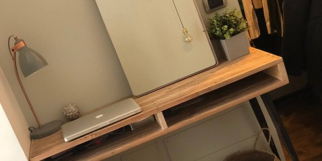 Cose di casa arredamento casa cucine camere bagno for Mobile da scrivania