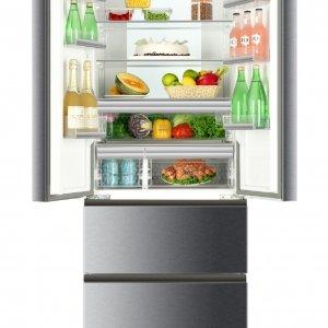 È molto silenzioso il frigorifero-congelatore a libera installazione multidoor B3FE742CMJ di Haier a 4 porte. In classe di efficienza energetica A++, sviluppa una rumorosità di 38 dB(A). È dotato di sistema antibatterico ABT e del cassetto a temperatura variabile MyZone. Misura L 70 x P 67,6 x H 190,5 cm. Prezzo 1.399 euro. www.haier.it