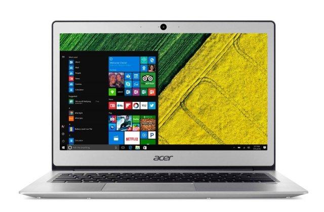 Sottile, leggero, facile tra trasportare e con grandi funzionalità, il nuovo Swift di Acer è perfetto per essere portato sempre con sé. Garantisce un'autonomia di ben 10 ore. Dotato di processore Intel Pentium o Coleron, 4 GB di memoria e dispositivi di archiviazione SSD o eMMC da 64, 128 o 256 GB, si rivela un ottimo alleato per il lavoro scolastico, la produttività in mobilità e alla navigazione, anche grazie alla connettività wireless ultra veloce, allo schermo da 13,3 pollici e ad un prezzo conveniente. Il telaio è in metallo ed è disponibile in 3 colorazioni. Questo Pc ha uno spessore di soli 14,95 mm e un peso di 1,3 Kg. Supporta Windows Hello per un accesso rapido e sicuro, tramite il lettore di impronte digitali. Molto importante per facilitare lo studio anche l'integrazione della tecnologia BluelightShield, un'applicazione che consente di controllare la luce blu emessa dallo schermo per ridurre l'affaticamento degli occhi e TrueHarmony che offre un audio realistico per un'esperienza multimediale ricca e coinvolgente. Prezzo: a partire da 399 euro. www.acer.it