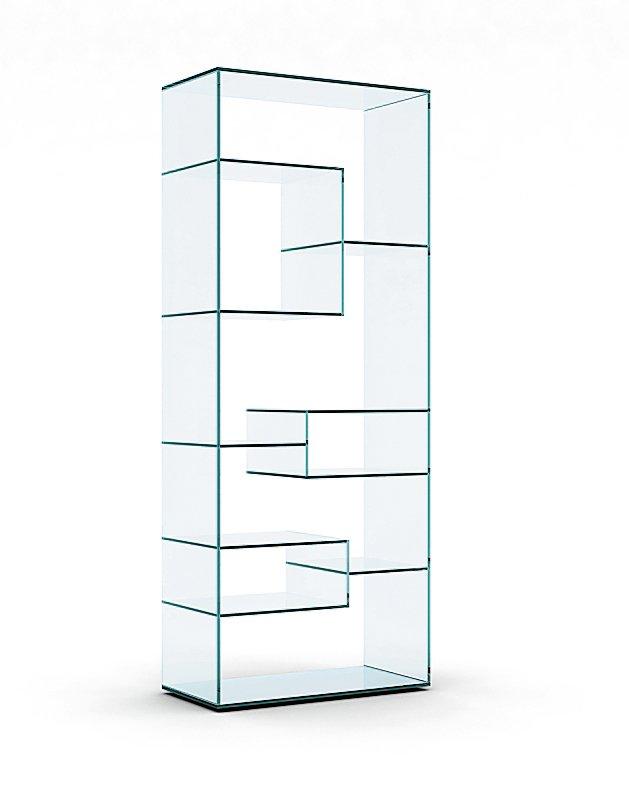 È disponibile in diverse misure la libreria Liber di Tonelli Design con struttura e ripiani sfalsati in vetro trasparente o extrachiaro. Nella misura L 80 x P 40 x H 200 cm, costa 2.257 euro.