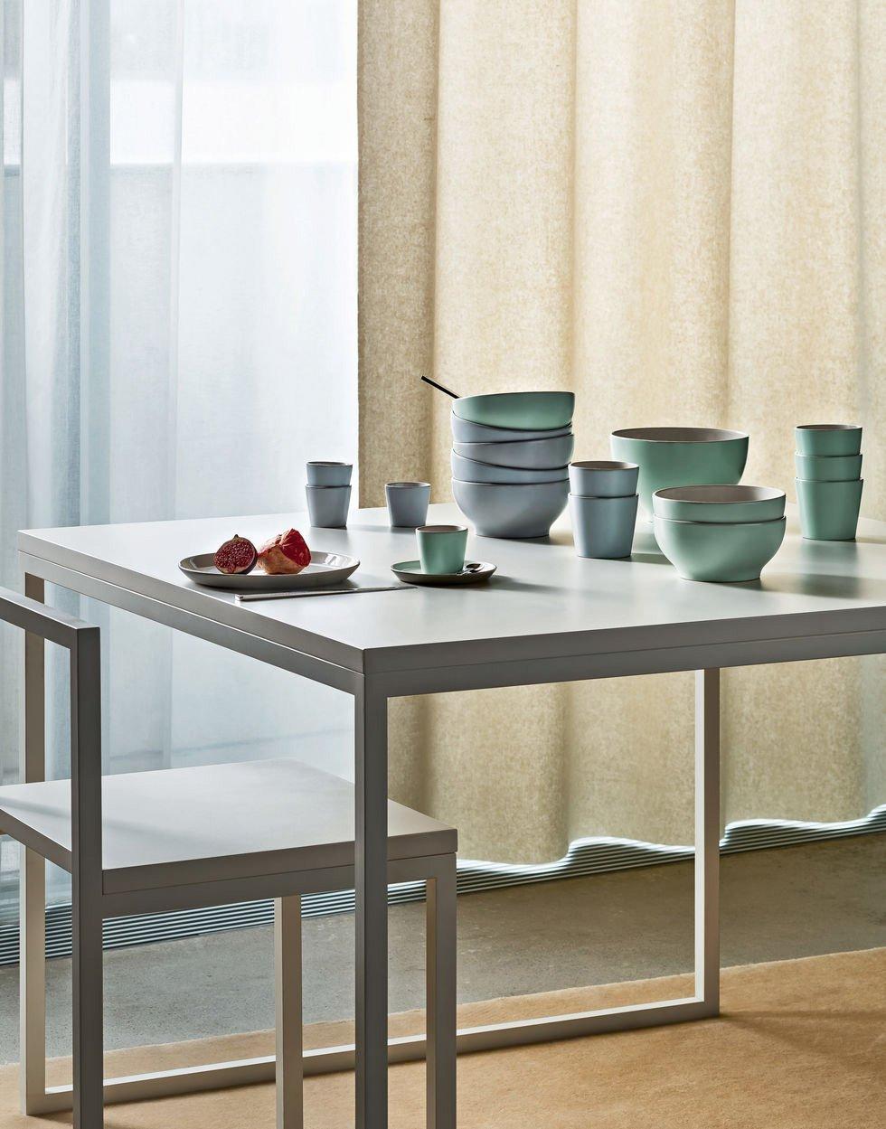 12 servizi di piatti per la tavola di primavera cose di casa for Ciotola alessi prezzo