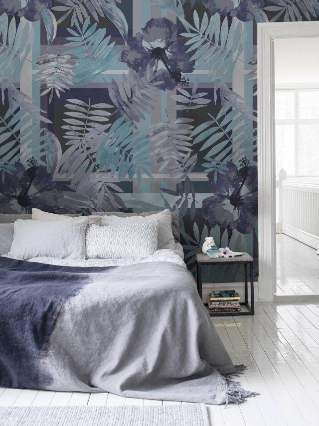 Carta da parati dietro al letto 16 soluzioni scenografiche cose di casa for Carta da parati per camera da letto