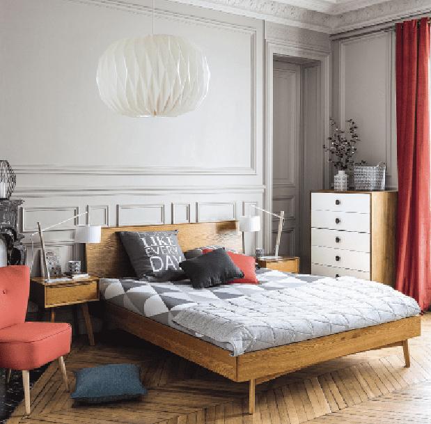 letto in legno da abbinare a elementi singoli diversi per colore e stile cose di casa. Black Bedroom Furniture Sets. Home Design Ideas