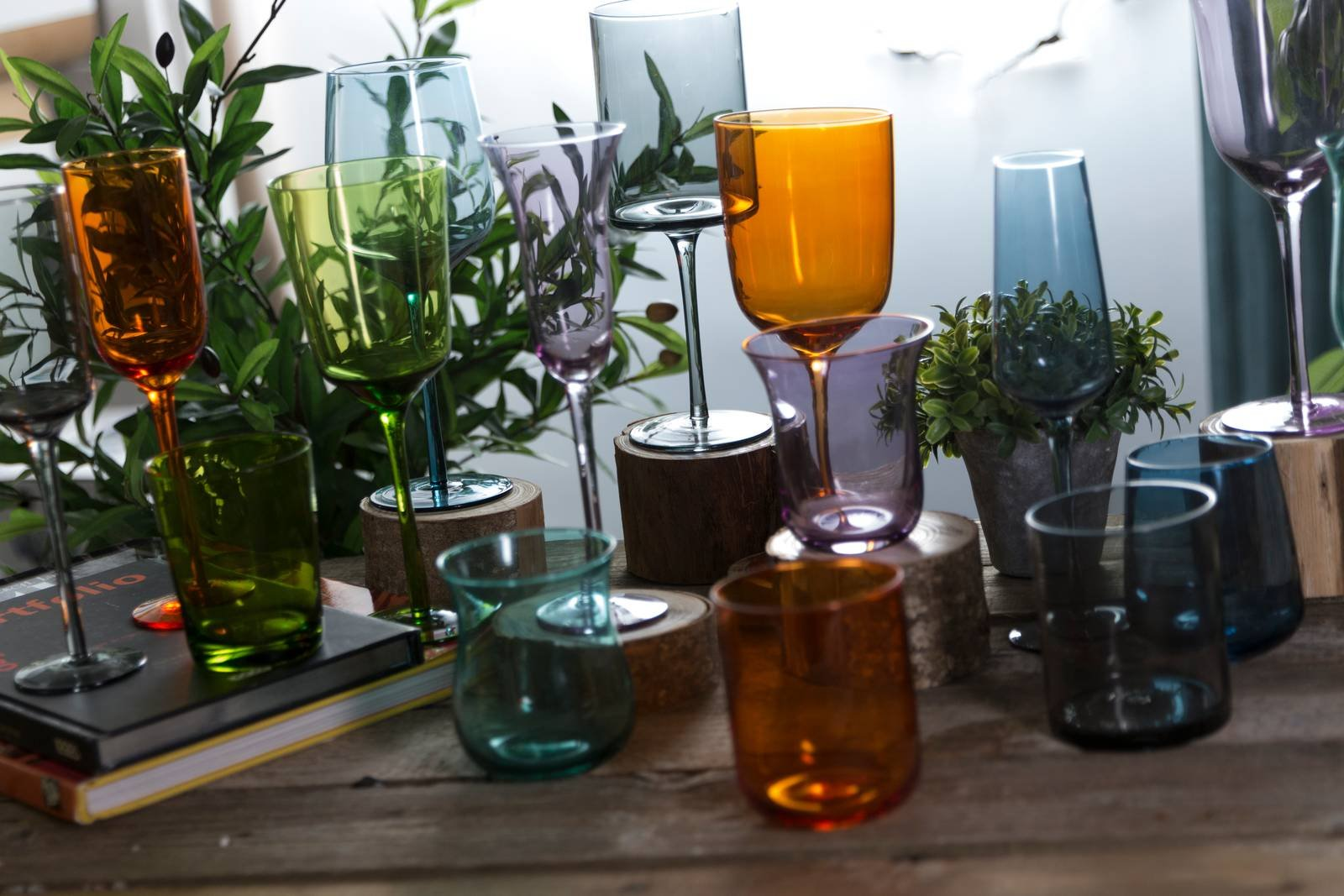 Calici Vino E Acqua bicchieri colorati o trasparenti, per tutti i tipi di tavola
