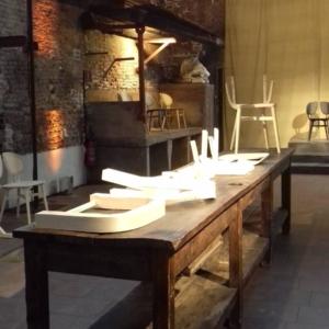 Presentazione alla stampa della sedia Filla (design Michele De Lucchi) di Very Wood